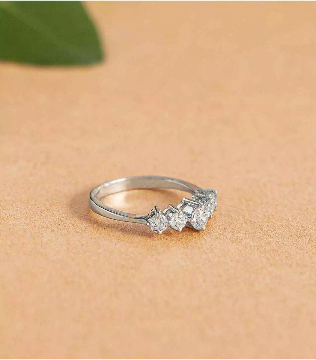 Silver Stone Finger Ring FJ1660173