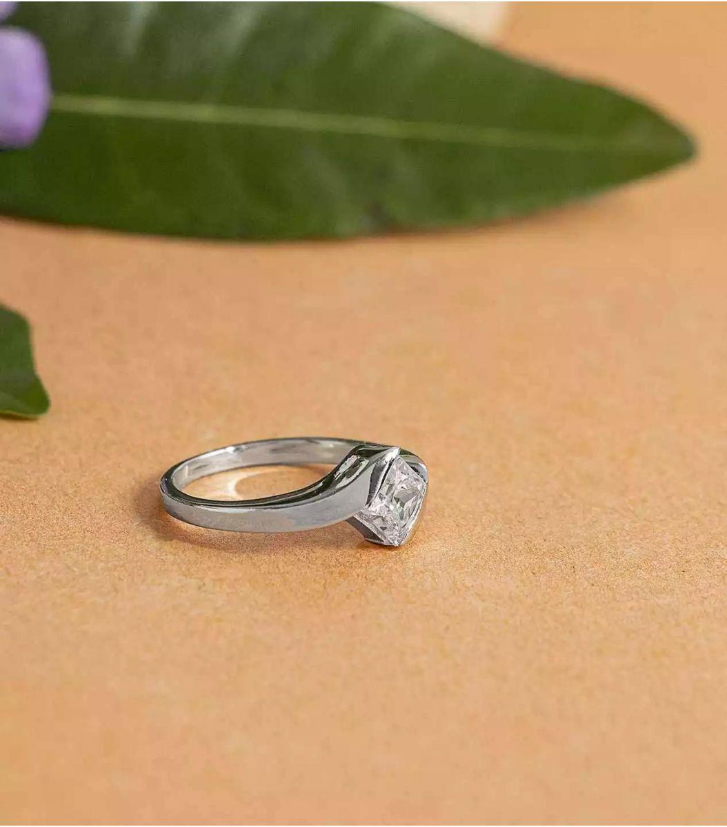Silver Stone Finger Ring FJ1660208