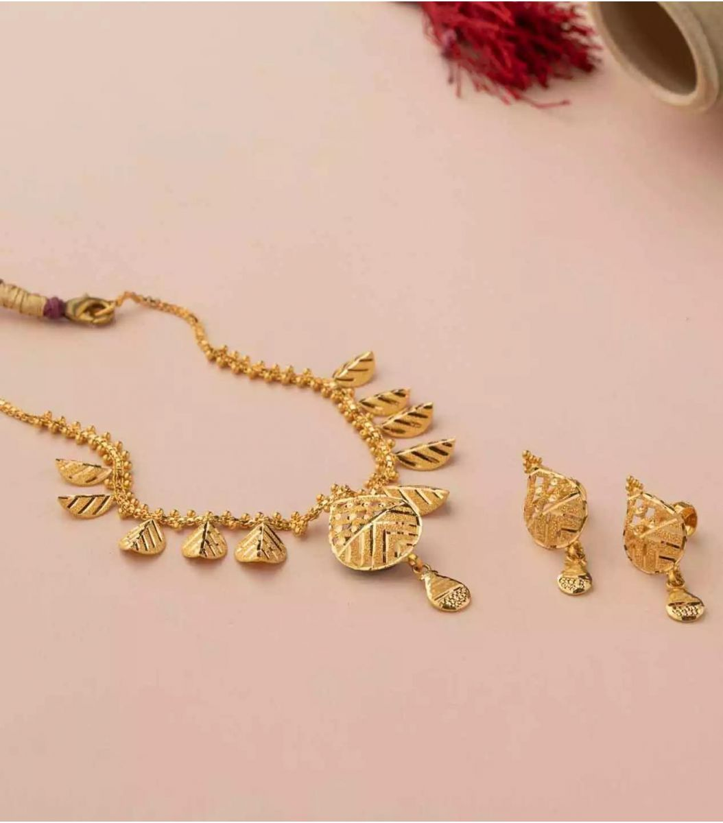 Gold Necklace-NEL930217